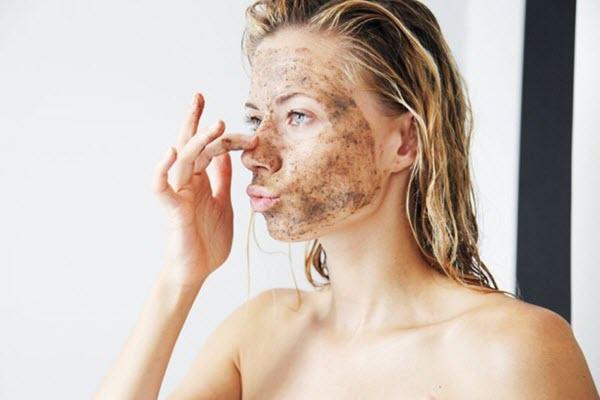 Cách trị mụn ẩn dưới da hiệu quả tại nhà