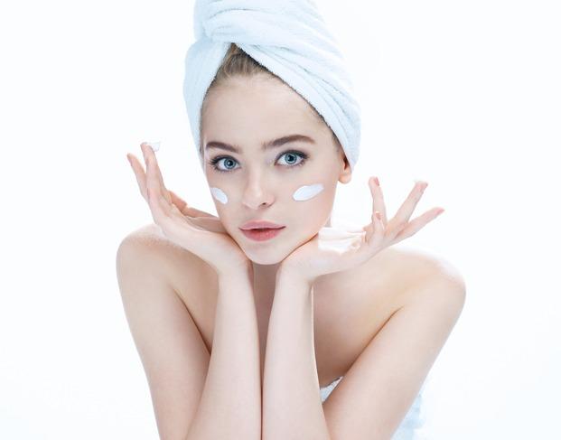 cách chăm sóc da khi bị mụn