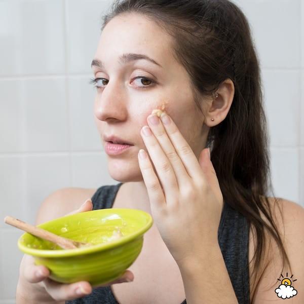 làm mặt nạ dưỡng da bằng chuối