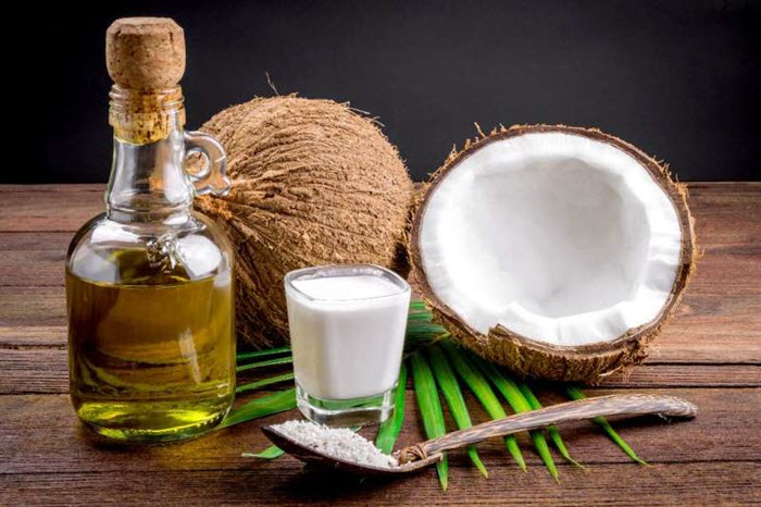 Cách trị mụn hiệu quả bằng dầu dừa