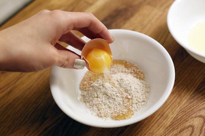 Cách trị mụn hiệu quả bằng trứng gà