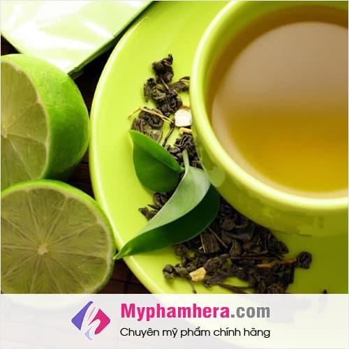 cách làm trắng da toàn thân bằng trà xanh và chanh mỹ phẩm hera
