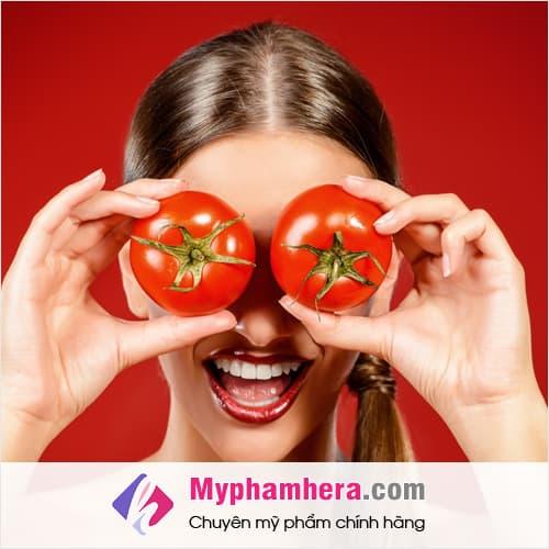 vì sao cách làm trắng da toàn thân bằng cà chua