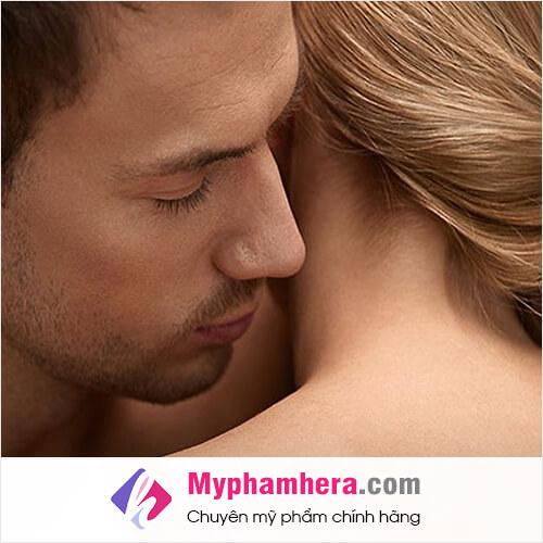 đàn ông thích mùi hương tự nhiên của đàn bà mỹ phẩm