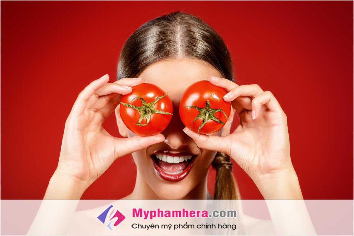 Cà chua làm trắng da cấp tốc
