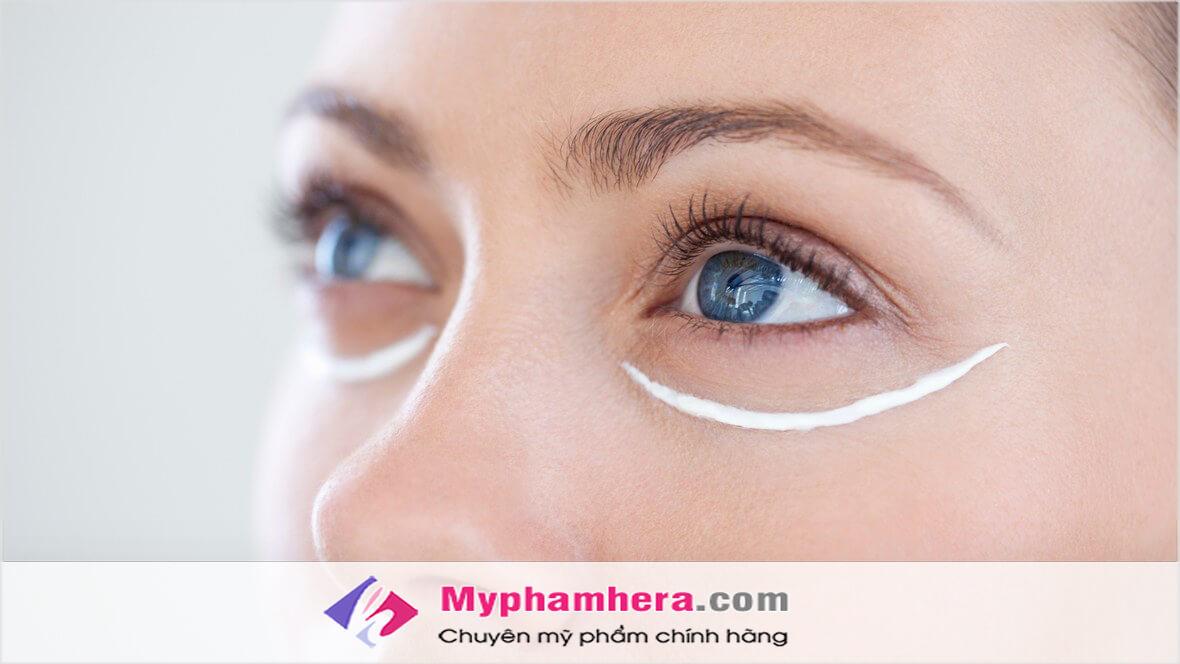 Sử dụng kem mắt cho độ tuổi từ 20 -25 tuổi